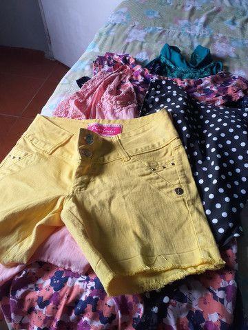 Várias peças de roupas novas é seminovas por R$20cada peças  - Foto 2