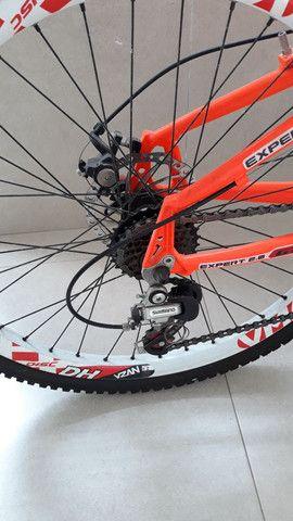 Vendo Bicicleta aro 26 quadro 18. Shimano - Foto 3