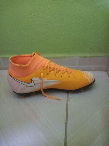 Chuteira Campo Nike Mercurial Superfly 7 Club FG - Laranja+Preto<br>  - Foto 3