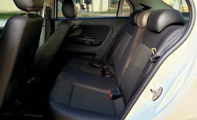 Aceita Troca VW Voyage 1.6 MSI Flex Automático Único Dono Baixo Km - Foto 10