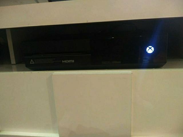 Xbox One 500 Gb - Foto 3