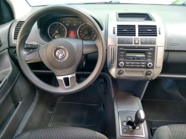 Volkswagen Polo Sedan CONFOT. IMOTION 1.6 4P - Foto 11