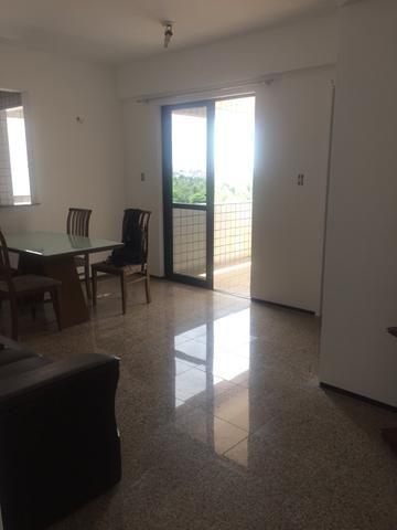 Alugo apartamento em frente a pracinha da Lagoa - Foto 4