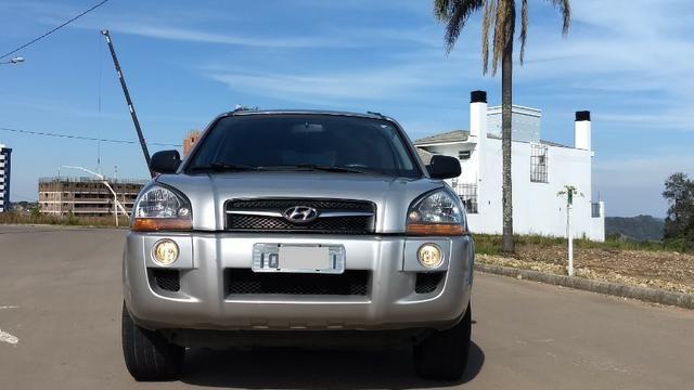 Vendo Hyundai Tucson manual com GNV - Foto 2