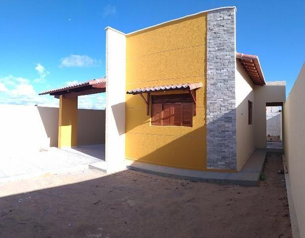 Linda casa no Flores do Campo II com 78m2. Documentação grátis. Apenas R$ 139.000,00 - Foto 2