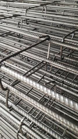 Coluna Trelica Barra de ferro direto da distribuidora - Foto 2