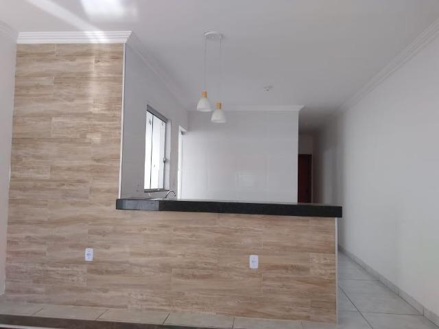 Ótima casa de 2 quartos, localizada no bairro Satélite em Juatuba