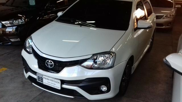 Toyota Etios platinum 1.5 automatico branco 2017/2018 - Foto 4