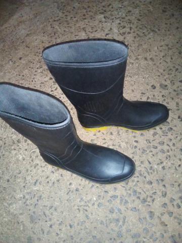 437a9da8d87 Capa de chuva + bota - Peças e acessórios - Jardim Ipiranga