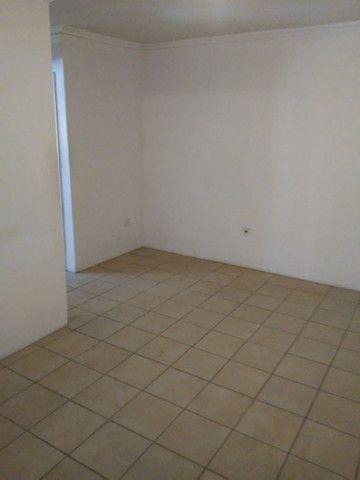 Apartamento quarto, sala, cozinha e varanda perto do Shopping Recife - Foto 6