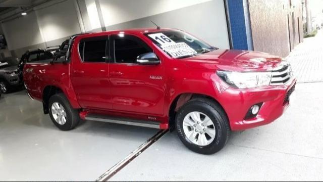 Toyota Hilux 4x4 AUT DIESEL - Foto 2