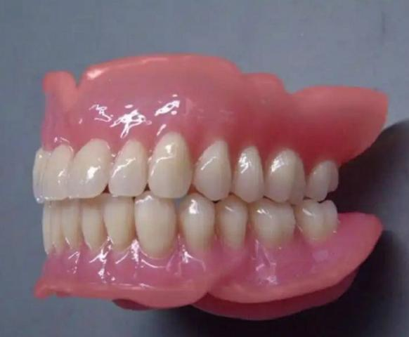 Prótese Dentária - Foto 2