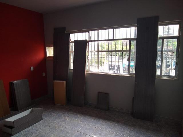 Excelente casa no centro de Realengo na rua professor Carlos Venceslau - Foto 17