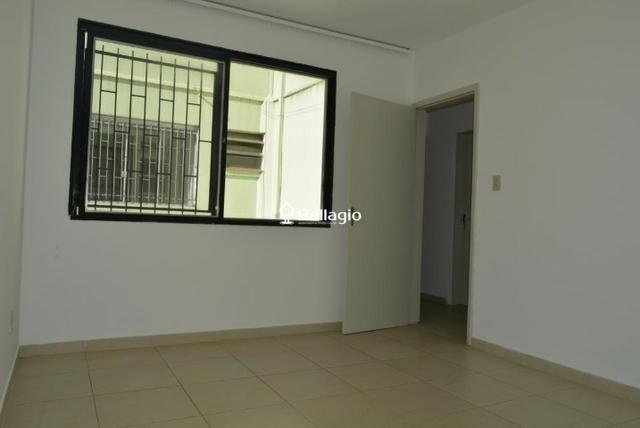 Apartamento 2 dormitórios com garagem