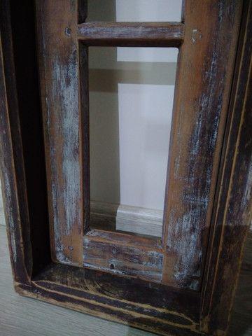 Janela antiga de madeira - Foto 6