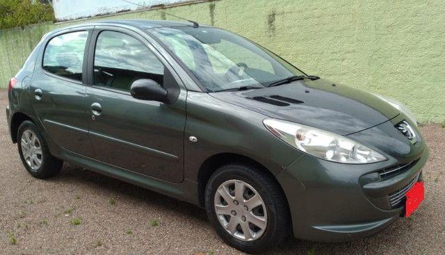 Peugeot 2012 - 1.4 XR - Flex - Ar -Direção - Cor Cinza Chumbo - Foto 2