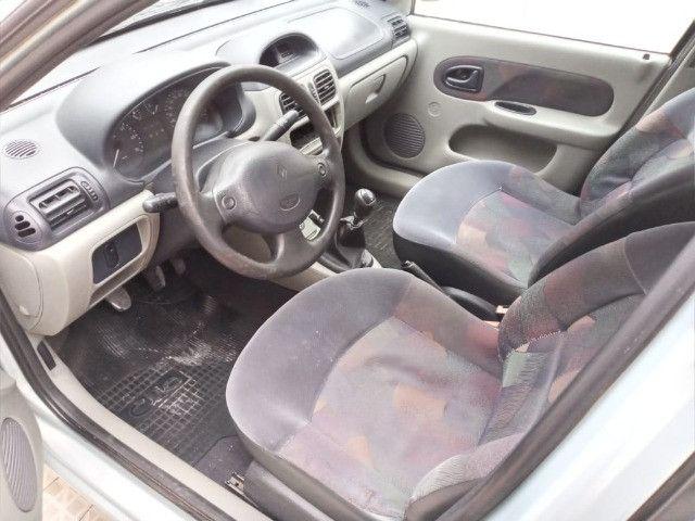 renault sedan 2005 completo 1.0 ( ou troco moto acima 2015 bx km )  - Foto 6
