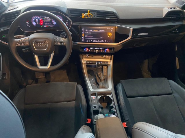 Audi Q3 2021, 1.4 35 TFSI BLACK S LINE S TRONIC, apenas 3.000 km, configuração exclusiva  - Foto 11