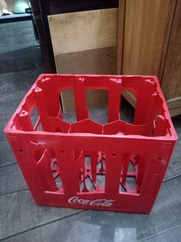 Engradado Coca cola para garrafas de 2L - Foto 2