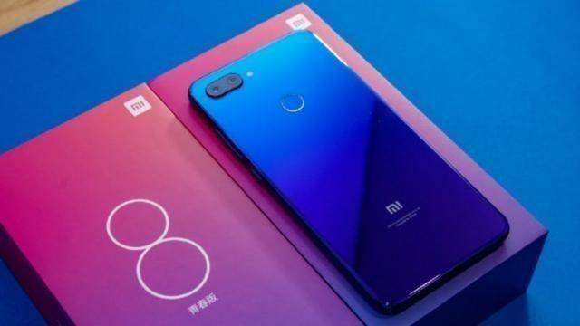 Smartphone Xiaomi Mi 8 Lite 64GB, Loja, 12x - Foto 5