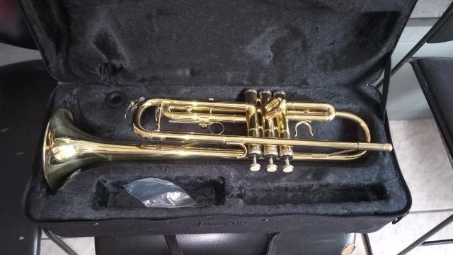 Trompete na caixa nunca usado - Foto 5