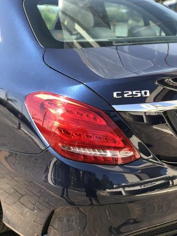 Mercedes Benz C250 - Foto 2