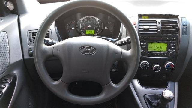 Vendo Hyundai Tucson manual com GNV - Foto 7
