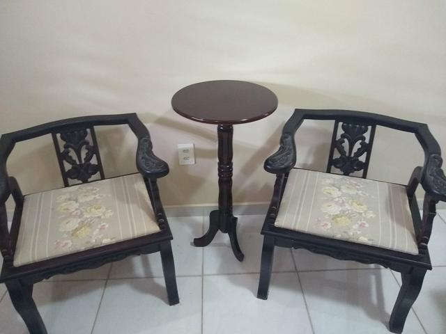 Cadeiras e Mesinha Vintage / Antigas