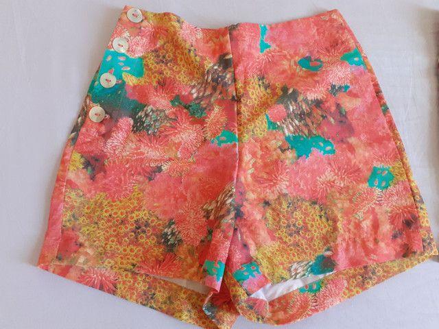 Short estampado cintura alta (P) Novos - Foto 3