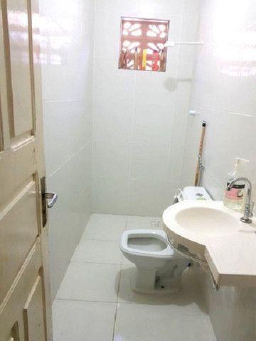 Casa plana com 3 quartos, 2 vagas de garagem, próximo avenida José Leon - Foto 2