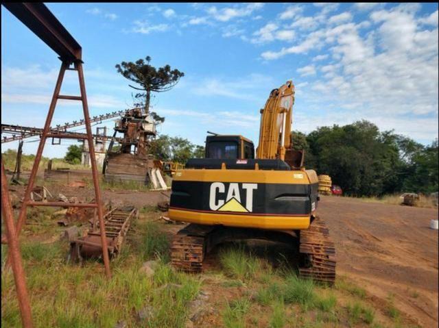 Escavadeira Caterpillar - Foto 5