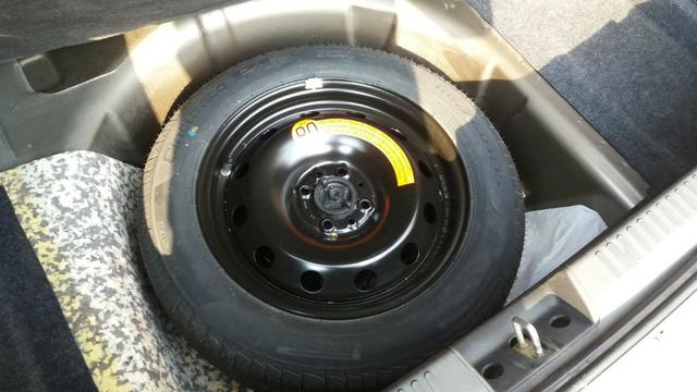 Grand siena 1.6 essence com piloto automatico - Foto 9