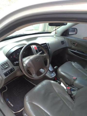 Tucson 09/10 automática, completa, com teto solar, Motor v6, 4x4, pneus bons toda revisada - Foto 4
