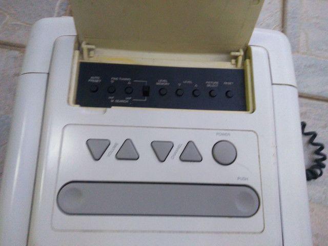 Televisão de cubo anos 90 c/ controle - Foto 6