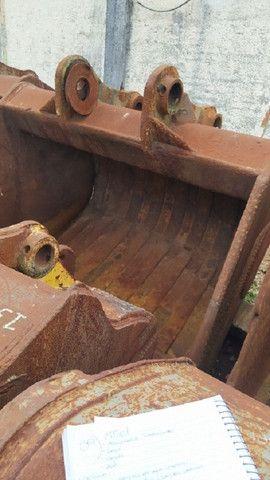 Concha Escavadeira Volvo 460 - 2 un. - #7851 - Foto 2