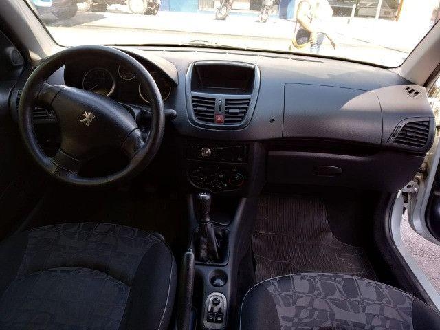 Peugeot 207 1.4 Completo - Foto 9
