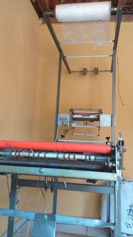 Máquina de fábrica fralda semi nova  - Foto 3