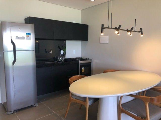 Apartamento Beira Mar com Varanda - Foto 9