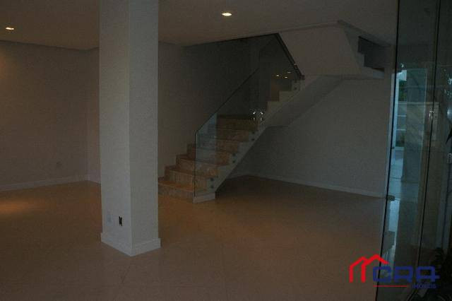 Casa com 4 dormitórios à venda, 361 m² por R$ 1.580.000,00 - Niterói - Volta Redonda/RJ - Foto 9