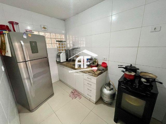 Vendo Excelente Casa no Petrópolis com 180m², 4/4 sendo 3 suítes - ligue já - Foto 9