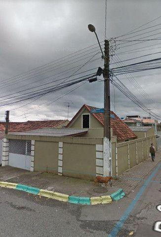 Casa de esquina à venda 3 quartos na Cidade Industrial