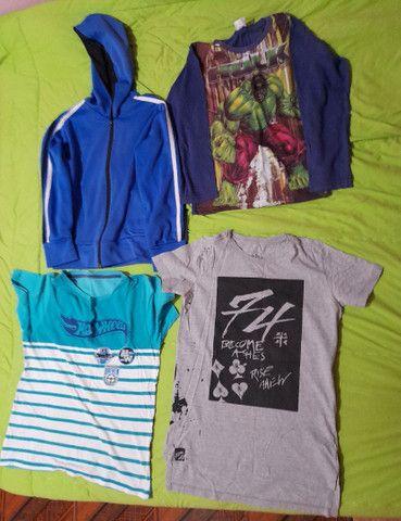 lote de roupas pouco usadas - Foto 2