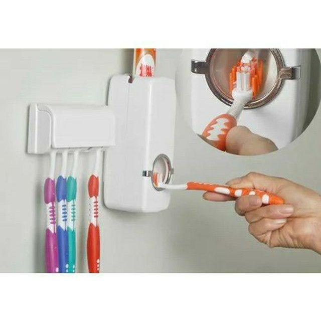 Porta escova e creme dental