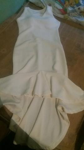 Vestido branco gelo