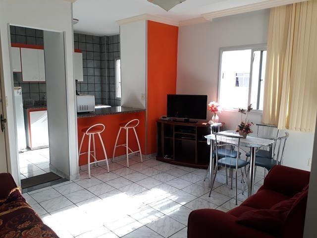 Apartamento bem localizado à 02 quadras do mar da Praia do Morro