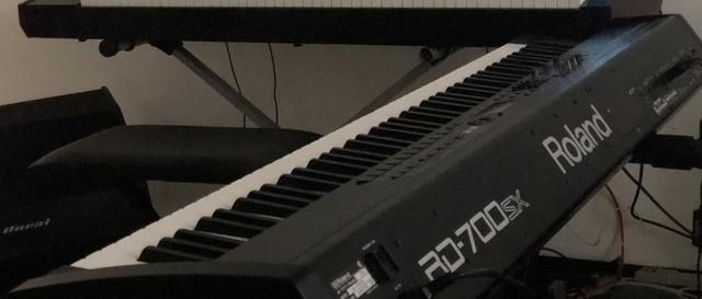 Teclado Roland RD-700SX