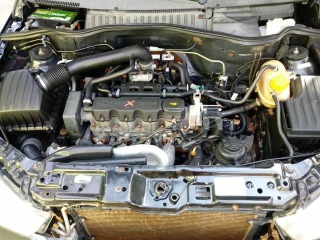 Corsa Sedan Premium 06/06 - Foto 4