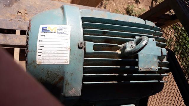 Motor elétrico weg 7.5 cv - Foto 4