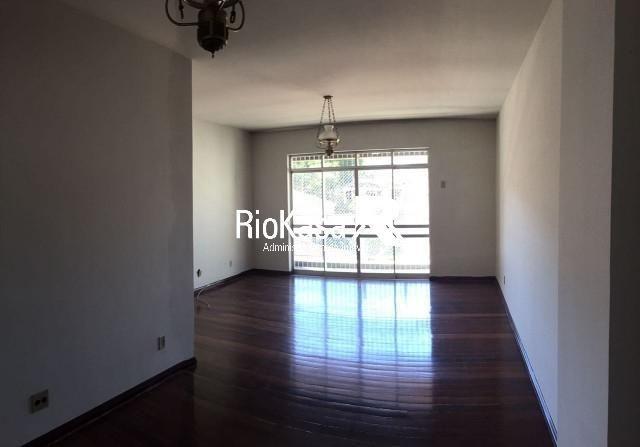 Apartamento - TIJUCA - R$ 2.000,00