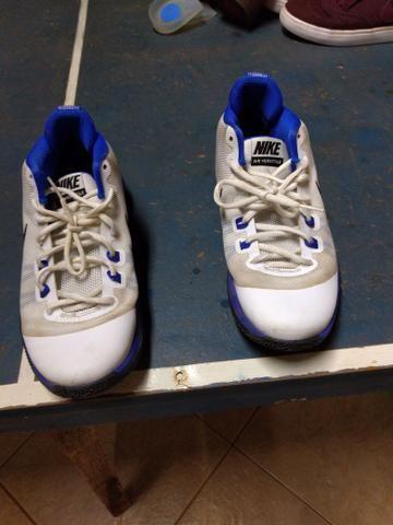 aa9ffa51c8e Tênis de basquete Nike versitile - Roupas e calçados - Jardim ...